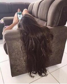 9 Simple Ways To Make Your Hair Grow Faster. ways to make your hair grow faster easy. hair growth tips Beautiful Long Hair, Gorgeous Hair, Make Hair Grow, Long Black Hair, Thick Long Hair, Hair Growth Tips, Super Long Hair, Silky Hair, Dream Hair