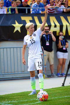 Us Soccer, Girls Soccer, Team Player, Soccer Players, Megan Rapinoe, Association Football, Only Play, Body Confidence