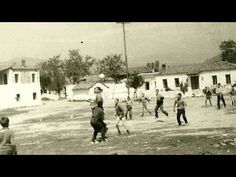 Για όσους είναι γεννημένοι μεταξύ 1945 -1980... (Eξαιρετικό) - YouTube Old Games, Games For Kids, Greece Pictures, U Tube, Vintage Pictures, Old Photos, Street View, Memories, History
