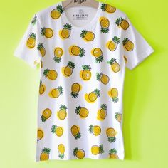 Illustrated Pineapple Print Unisex T-shirt