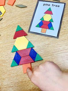 Task Shakti - A Earn Get Problem Winter Pattern Block Cards Are The Perfect Hands On Math Center. Preschool Christmas, Preschool Kindergarten, Christmas Activities, Preschool Activities, Christmas Ideas, Kindergarten Centers, Math Centers, Theme Noel, Math Classroom