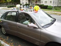 how to decorate the car for halloween