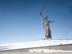 Landscapes Altered by the Worlds Largest Statues monuments landscapes — The Motherland Call, Volgograd, Russia, 285 ft, built in 1967 Grandeur Nature, Colossal Art, French Photographers, Photo Series, The Villain, Unique Photo, Public Art, Worlds Largest, Statue Of Liberty