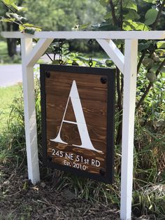 Shop my sale: off starts tomorrow! Looking for a unique Christmas gift? These are customizable and ship FREE before Christmas. Only so many available so take advantage of the savings🎉 Diy Signs, Home Signs, Diy Wood Projects, Outdoor Projects, Woodworking Projects, Address Signs For Yard, Driveway Sign, Driveway Entrance Landscaping, Rustic Landscaping
