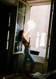 Smoke Stoner Girl, Women Smoking, Smoke, Lighter, Artwork, Mad, Photography, Inspiration, Fashion