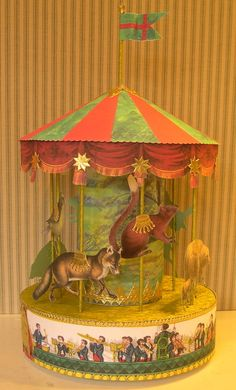 WOW, love this paper carousel!