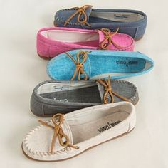 The Canvas Moc: A signature spring style. Slipper Sandals, Spring Style, Moccasins, Spring Fashion, Slippers, Footwear, Classy, Kawaii, Booty
