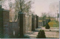 Early front of Graceland fence no pull off and very few houses