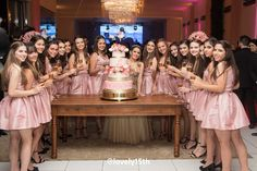 15 anos de Lettycia Guimarães – Cobertura Lovely15th – Lovely15th festas de 15 anos Bridesmaid Dresses, Prom Dresses, Wedding Dresses, Sweet 16 Outfits, Quince Decorations, Quinceanera Photography, Instagram Pose, Aesthetic Makeup, Sweet Sixteen