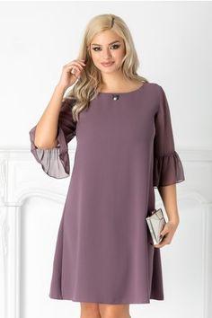 Simple Dresses, Elegant Dresses, Casual Dresses, Short Dresses, Fashion Dresses, Dresses For Work, Clothes For Pregnant Women, Clothes For Women, Classy Work Outfits