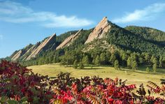 Planning your next Colorado road trip? These 9 stops will take you through some of the best landscapes and towns Colorado has to offer. Boulder Hikes, Boulder Flatirons, Hikes Near Denver, Boulder Rock, Boulder City, Denver Colorado, Road Trip To Colorado, Denver City, Colorado Hiking