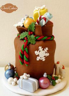 Un sacco di regali. Panettoncino decorato #Christmas #Natale #Gift #Regali