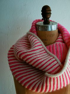 Brioche Stitch: 2-Color Brioche in theRound - Knitting Tutorials: Decorative Stitches - Knitting Crochet Sewing Embroidery Crafts Patterns ...