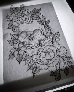 "46 Likes, 2 Comments - Lisa Wagner (@lisategnertit) on Instagram: ""Lines! #sketch #drawing #skull #tattoo #komså"""