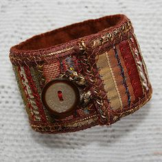 kind of like the sweater cuffs I made in the upcycled clothing craft class!