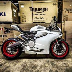 automaniac-x: Ducati 899 Panigale -