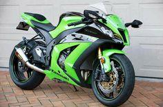 Ninja Kawasaki motorcycle