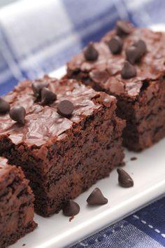 Decadent and Low-Fat Dessert Recipe: Fudge Brownies