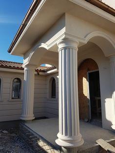 Grill Door Design, House Gate Design, Bungalow House Design, House Front Design, Classic House Exterior, Classic House Design, House Paint Exterior, Exterior Design, House Layout Plans