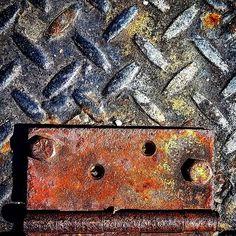 Texture of the day  #texture #textureoftheday #metal #rust #composition #texturebing #photooftheday #themomo
