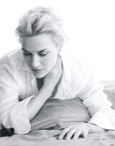 Kate Winslet - Your Kate Winslet Tops Tell us all your favourites! - Page 4 Kate Winslet Images, Charlize Theron, Classic Beauty, Katy Perry, Vanity Fair, Female Bodies, Actors & Actresses, Beautiful Women, Icons