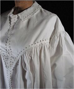 Victorian 1860's Dressing Gown *Civil War Era *Grt Details from mairemcleod on Ruby Lane