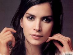 Patricia Velasquez- much, much more than a beautiful woman, and the Wayuu people know it. http://www.wayuutaya.org/