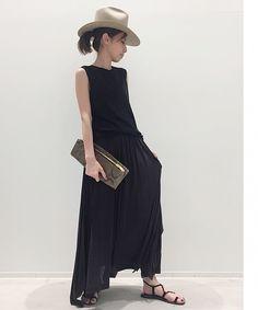 L'Appartement DEUXIEME CLASSE(アパルトモン ドゥーズィエム クラス)公式コーディネートスナップ、BUYER.YおすすめのJERSEY GATHER SKIRT《ジャージギャザースカート》 。着用アイテムはオンラインでご購入いただけます。全品送料無料、最短翌日お届け、通常3%ポイント還元。 Style Inspiration, Womens Fashion, Skirts, Dresses, Vestidos, Women's Fashion, Skirt, Dress