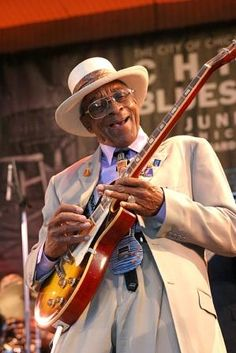 Hubert Sumlin - one of the greats! listen to his leads & riffs on Howlin' Wolf's recordings, and you'll agree!