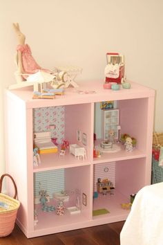 house frame bookshelf finished empty dollhouse bookcase for how to make out of diy ikea flisat architecture get organized with these Dollhouse Bookcase, Diy Dollhouse, Dollhouse Family, Wooden Dollhouse, Doll Furniture, Dollhouse Furniture, Living Room Furniture, Furniture Sets, Ikea Cubes