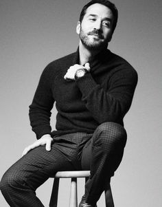 Jeremy Piven Reveals His Love for Tom Hardy's Balls in 'Fault'!: Photo Jeremy Piven keeps it cool in plaid on the back cover of Fault magazine's Winter Issue, out on newsstands now! Jeremy Piven, Mr Selfridge, Star Images, Tom Hardy, Male Beauty, Cute Guys, Sexy Men, Eye Candy, How To Look Better