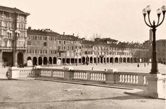 Piazza VIII Agosto Bologna anni '30
