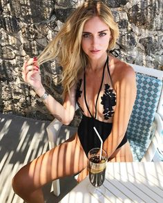 """""""Mi piace"""": 314.6 mila, commenti: 1,207 - Chiara Ferragni (@chiaraferragni) su Instagram: """"#TheBlondeSaladGoesToAmalfi #ItalianDays"""""""