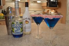 Web chef Kimberly Turner shares with you How to Make Blue Christmas Cocktails MAKING Rim the cocktail glass using blueberry jam and coconut as shown in the...