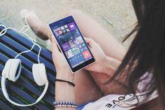 http://partagora.com telechargez vos fichiers tout de suite, la musique, les films et tout ce dont vous avez envie!