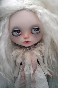 EN attente Ooak custom spooky little blanc aux par KatinkaDolly