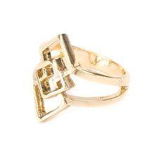 Our interlocking diamond midi ring is seriously on trend! <ooooo it looks like fili or kilis emblem Preeeeeeeeeeettttyyyyy