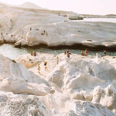 Milos, Kikladhes, Griechenland - Simply by Simone - Travel Oh The Places You'll Go, Places To Travel, Travel Destinations, Places To Visit, Voyager C'est Vivre, Couple Travel, Travel Aesthetic, Adventure Is Out There, The Great Outdoors