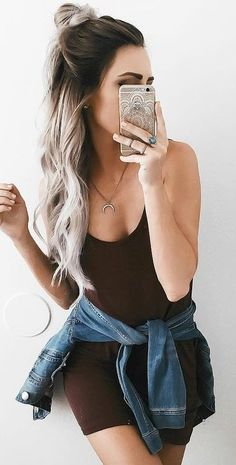 50 Trending Summer Outfits You Should Copy Right Now Summer Fashion Outfits, Spring Summer Fashion, Spring Outfits, Oufits Casual, Casual Outfits, Cute Outfits, Fashion Corner, Burgundy Dress, Everyday Dresses