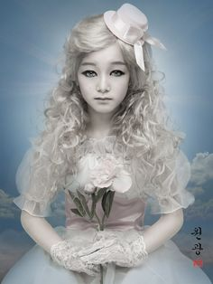 creepy doll hairstyles | ... extravagant fashion style and their porcelain doll-like expressions