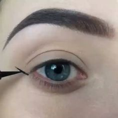 People keep asking about how I create my wing. Here's the video I made a few weeks ago ❤  In this video I'm using the @tartecosmetics Precision longwear eyeliner. If you still got questions feel free to ask me I try to answer all the questions  Song: Major lazer ft dj snake - Lean on