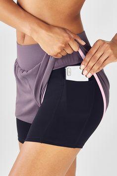 Cute Workout Outfits, Workout Wear, Workout Shorts, Waist Workout, Boxing Workout, Yoga Pants Outfit, Yoga Shorts, Running Shorts, Fit Black Women