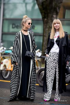 The Best Street Style Looks From Milan Fashion Week Fall 2017 Best Street Style, Street Style 2017, Cool Street Fashion, Street Style Looks, Looks Style, Street Chic, Street Styles, Paris Street, Fashion Mode
