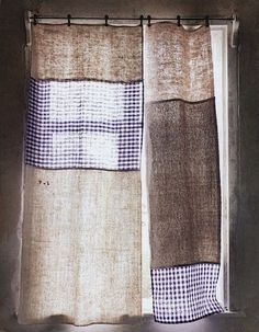 patchwork curtain, three different fabrics to make the curtains - via sweet home on tagesanzeiger.ch