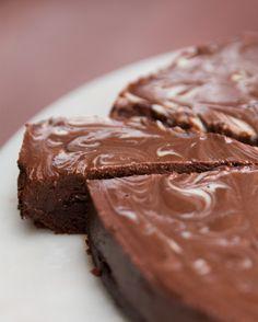 Chocolate Fudge Ice Cream Cake