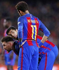 """ Leo Messi Luis Suárez Neymar Jr """