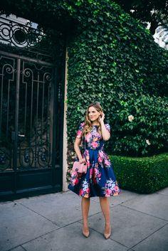 Gal Meets Glam Full Skirt Floral Dress