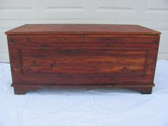 Beautiful Vintage Handmade Amish Cedar Hope Chest Trunk - Solid Wood - Beautiful…
