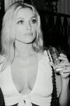 Sharon Tate, A Life To Celebrate //Cannes 1968 Sharon Tate, Vintage Glamour, Vintage Beauty, Vintage Ladies, Divas, Non Plus Ultra, Hippie Man, Harper's Bazaar, Charles Manson