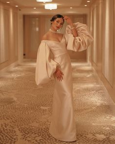 Modern Filipiniana Styles For The Modern Filipino Bride - Modern Filipiniana Gown, Filipiniana Wedding, Sarah Lahbati, Queen Wedding Dress, Wedding Dresses, Grad Dresses, Bridal Gowns, Evening Dresses, Taffeta Dress